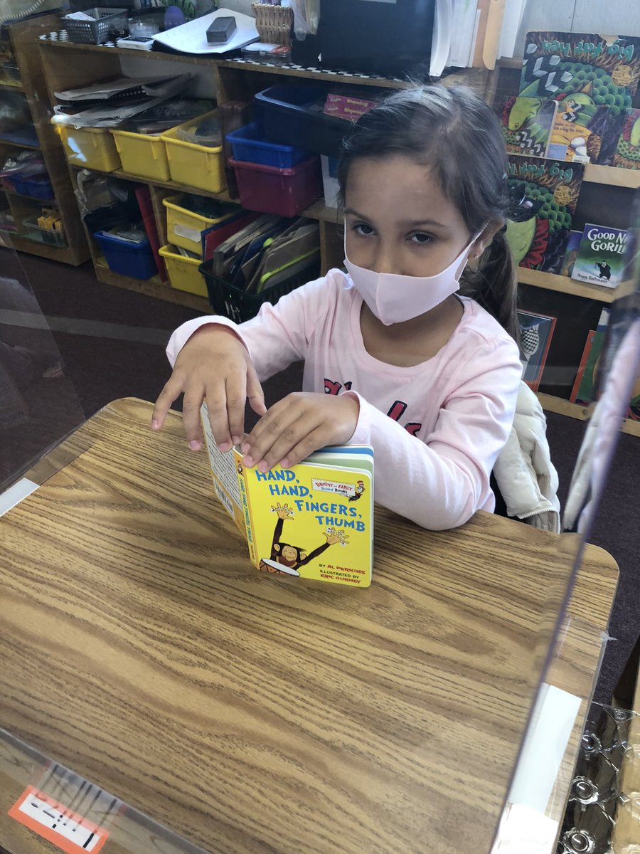 prek-friends-enjoying-free-books-from-our-friends-at-the-pentagon-https-t-co-4tre6spvp5