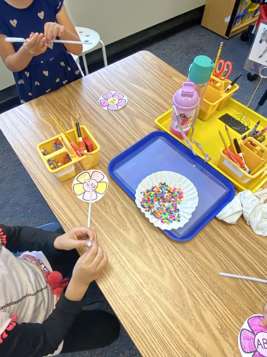 making-patterns-on-our-flower-stems-campbellaps-https-t-co-eowc1jbjf0